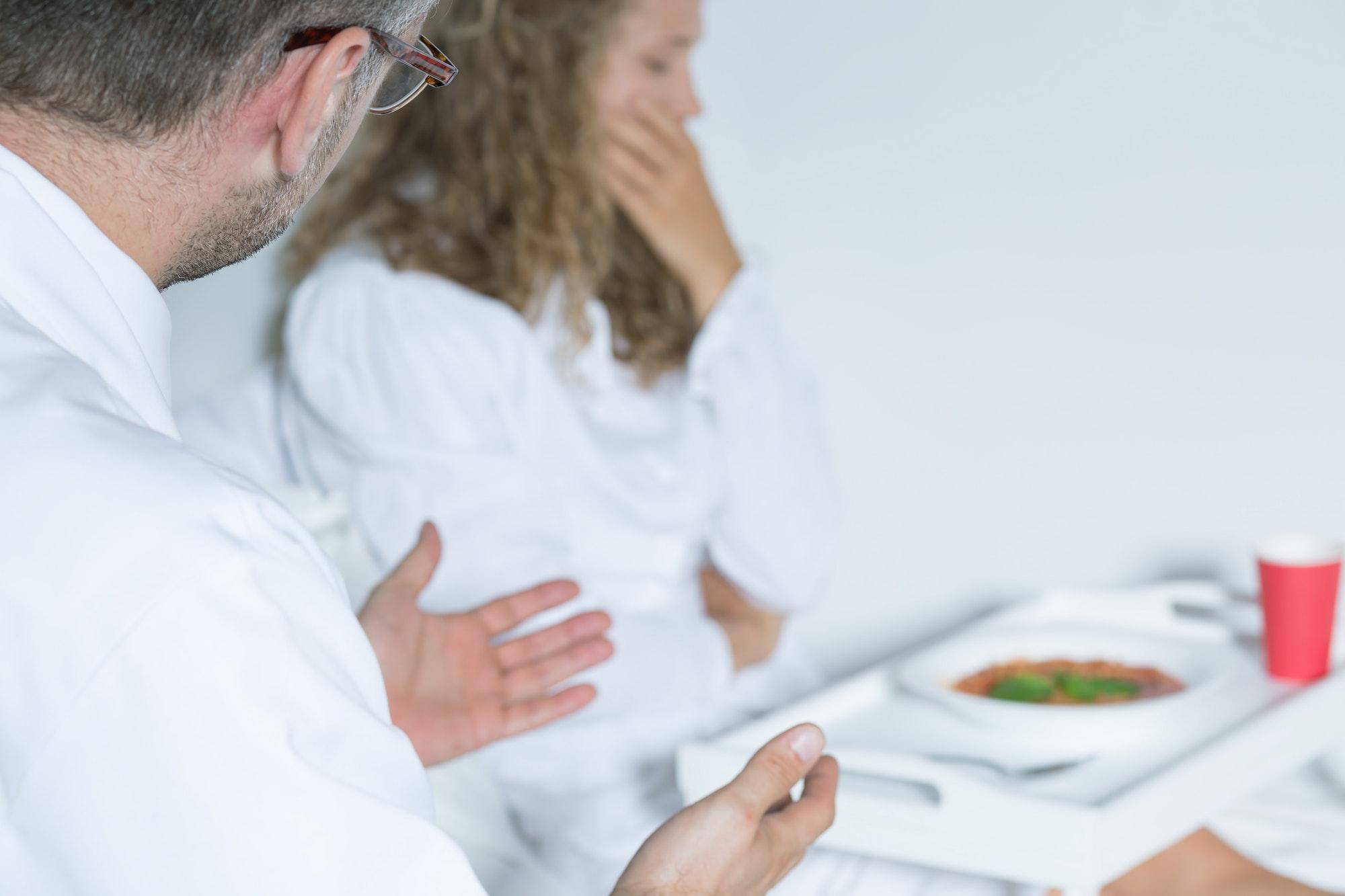 ¿Qué podemos hacer como padres si observamos que nuestro hijo/a empieza a tener dificultades para comer o malestar en torno a los alimentos?