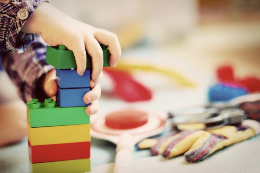 Recomendaciones para Ayudar a los Niños/as en la Situación de Aislamiento por el Brote COVID-19
